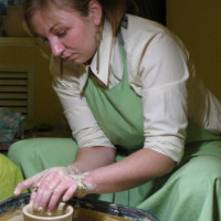 St.Petersburg: Potter's wheel. Master class of potter's skill (for one guest or couple).